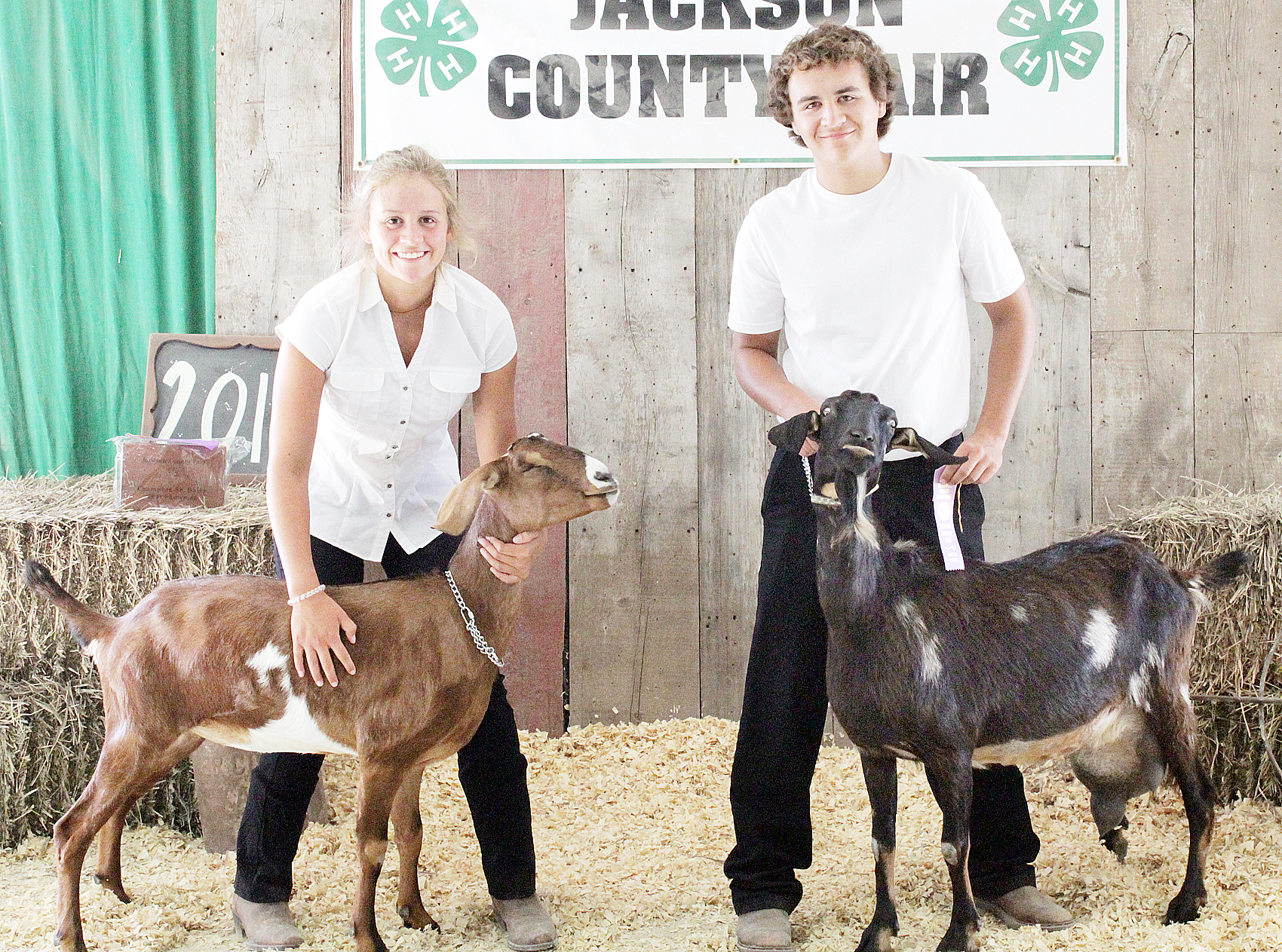 Makenzie Kennedy, Rhett Kennedy - Senior Goat Showmanship
