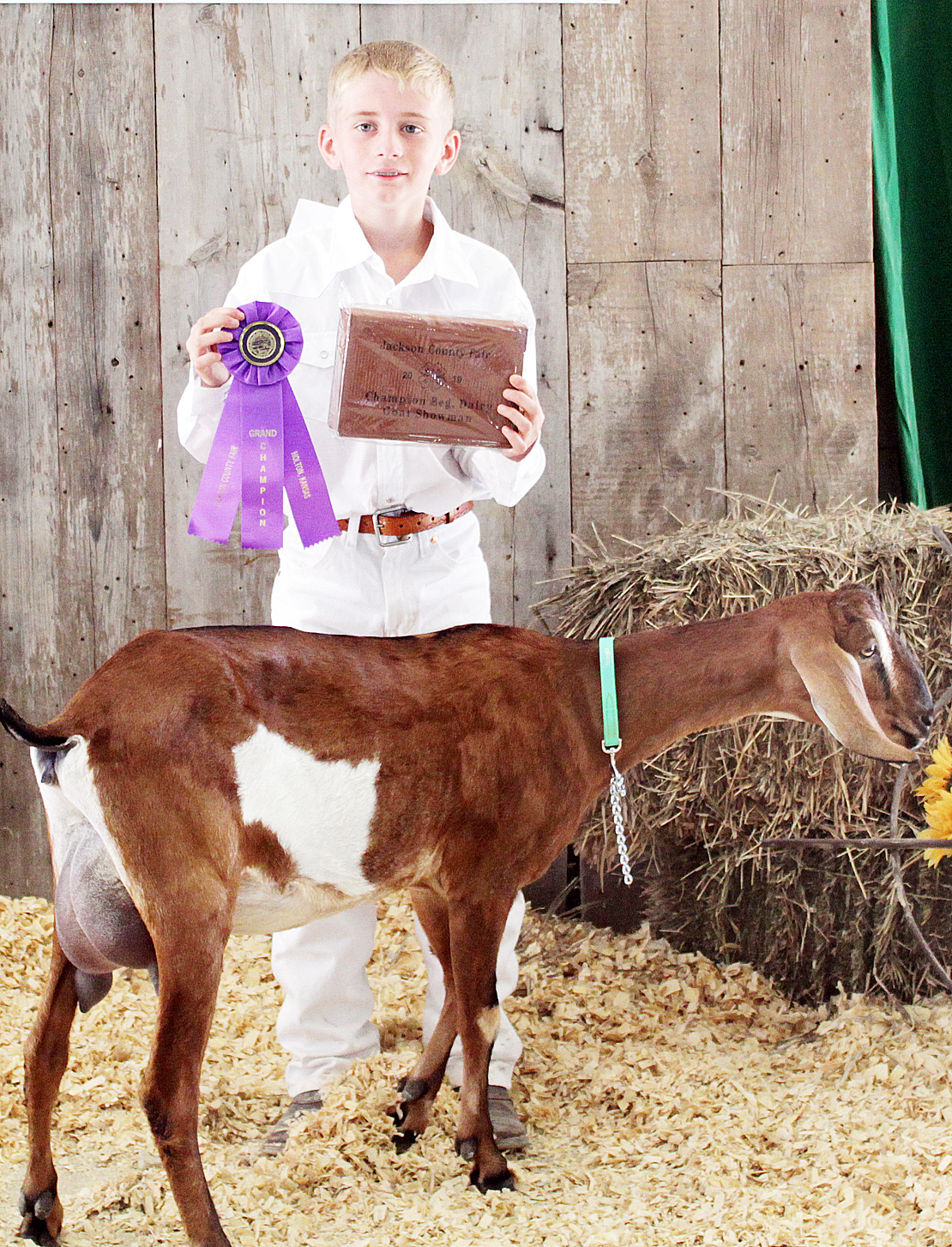 Tucker Terry - Beginning Dairy Goat Showman