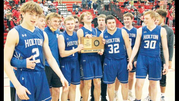 Holton High School 4A boys sub-state champions. (Photo by Brian Sanders)