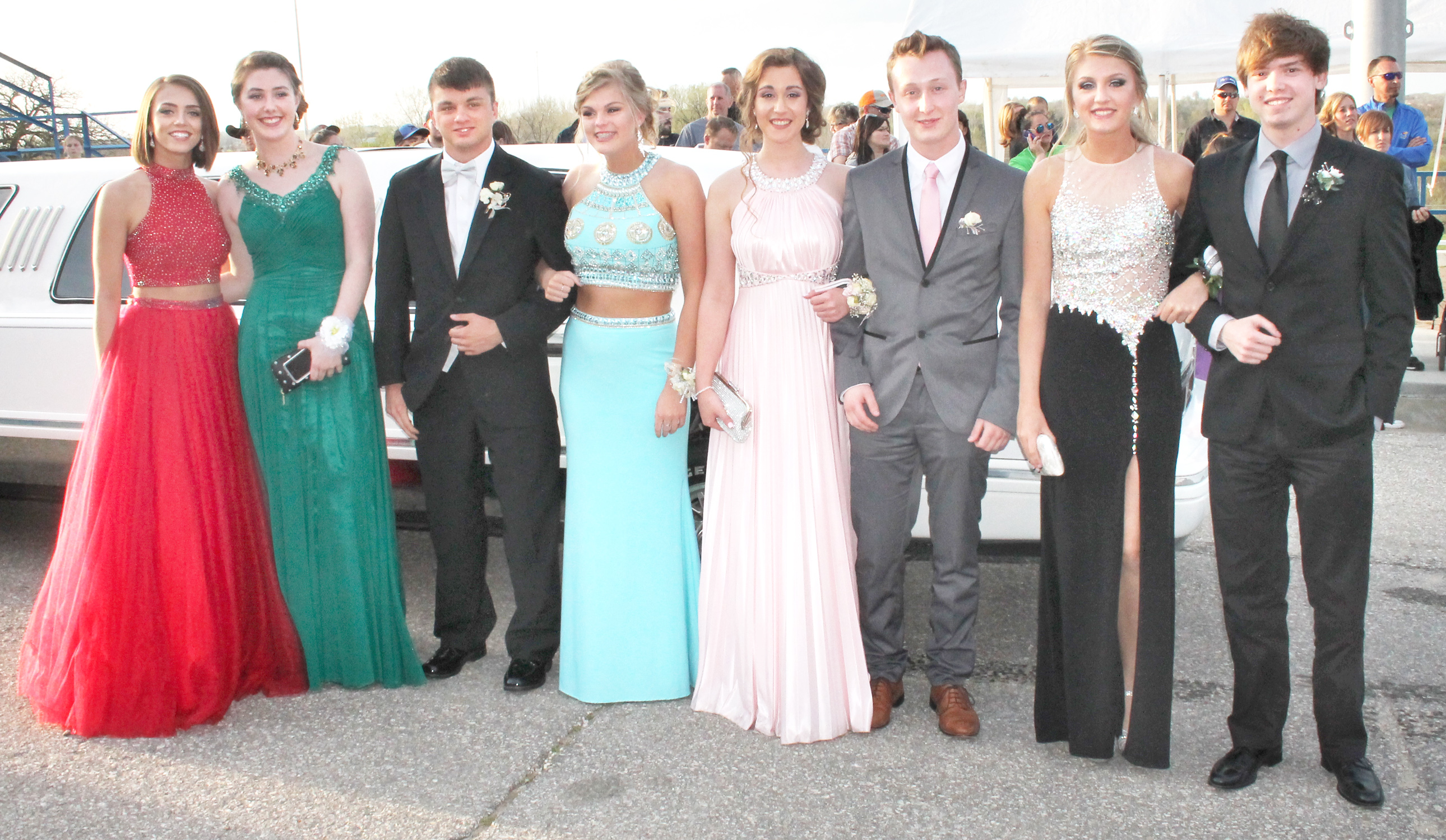 Those arriving by stretch limousine at Saturday's Holton High School prom included (from left to right) Sydney McRae, Haydee Carlson, Dakota Colhouer, Kendall Raney, Zaina Kahlil, Matthew Peoples, Makayla Colhouer and Anthony D'Amoto. (Photo by Brian Sanders)