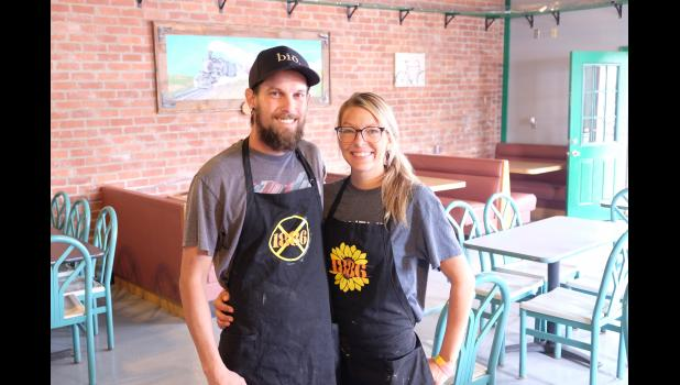 Daniel and Bailey Parker have recently opened 1886 restaurant in downtown Mayetta. The restaurant is open Tuesdays through Saturdays.
