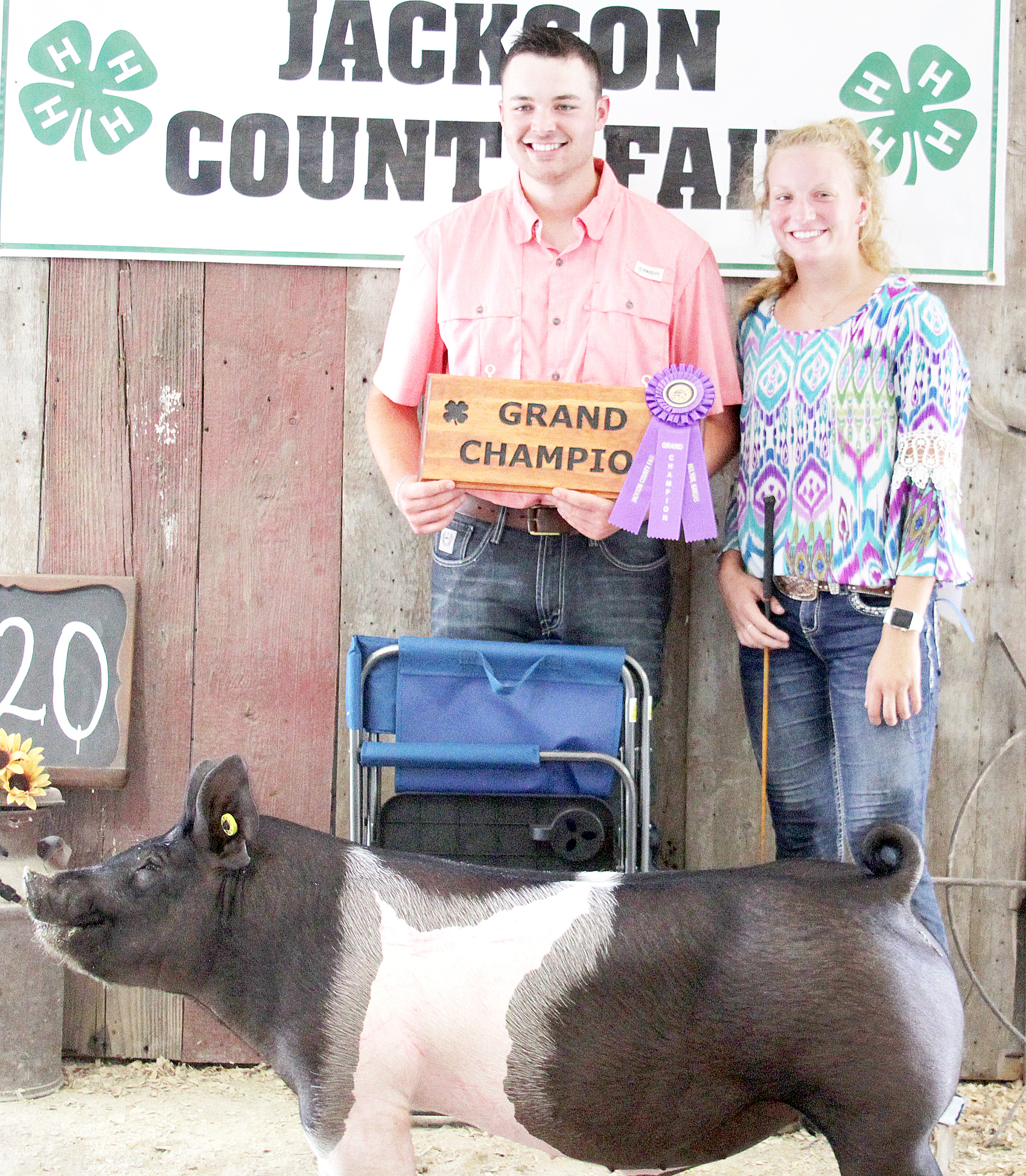 Cailin Parks of the Straight Arrows 4-H Club showed the Grand Champion overall market hog at the 2020 Jackson County Fair.